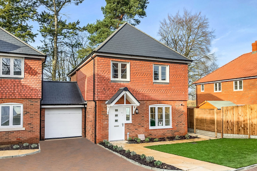 cove-homes-the-dean-three-four-bedroom-house-silent-garden-liphook-hampshire
